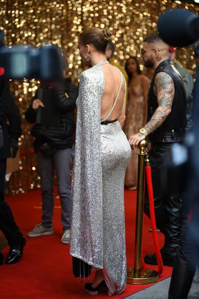 Dženifer Lopez u zavodničkoj haljini