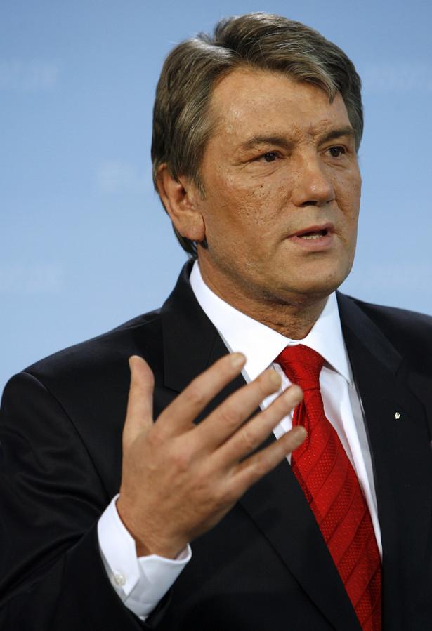 Prezydent Ukrainy Wiktor Juszczenko wysłał listy do przywódców siedmiu państw europejskich i USA oraz do Komisji Europejskiej, w których zapewnił, że jego kraj spłacił zadłużenie za dostawy gazu z Rosji w 2008 roku i kontynuuje rozmowy o kontrakcie gazowym na rok bieżący.