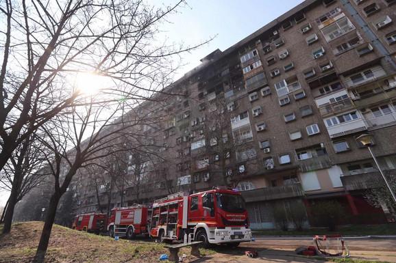 Deset vatrogasnih ekipa učestvovalo u gašenju
