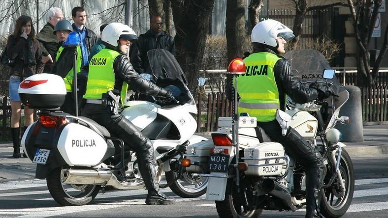 Tak policja dobierze się do skóry czarnych owiec na motorach