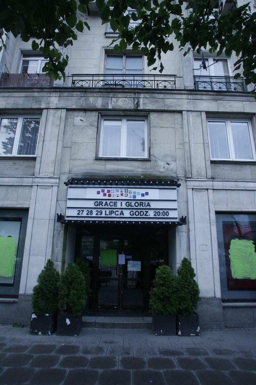 Gwiazdy kontra Teatr Bajka