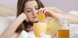 Domowe sposoby na przeziębienie i grypę. Czy rzeczywiście działają?