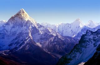 Francusco-nepalska ekspedycja zrobi porządki na Mount Evereście