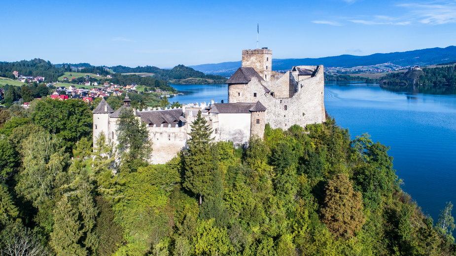 Widok na zamek w Niedzicy - kilhan/stock.adobe.com