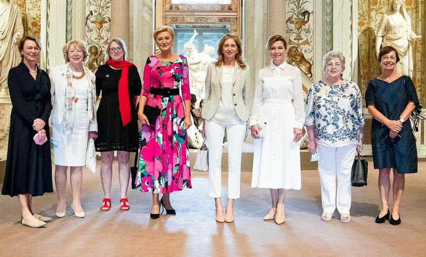 Agata Duda na spotkanie małżonek prezydentów państw Grupy Arraiolos.