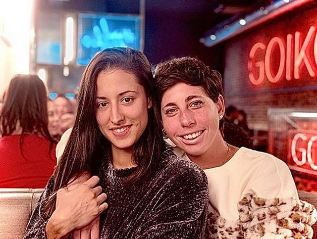 Karla Suares Navaro sa devojkom Martom