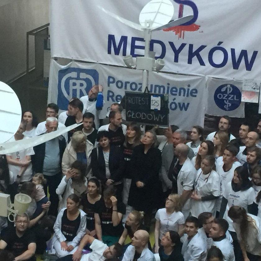Krystyna Janda popiera protest młodych lekarzy