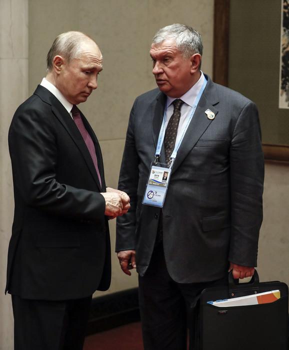 Vladimir Putin i Igor Sečin