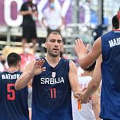 DRAMA, PA SREĆAN KRAJ Dušan Domović Bulut više zabrinuo Srbiju od Kine, basketaši već za dva sata ponovo na terenu