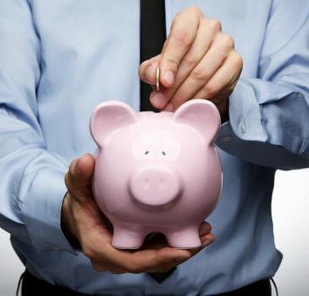 Klienci banków muszą przyzwyczaić się do tego, że opłaty i prowizje za podstawowe usługi będą rosły.