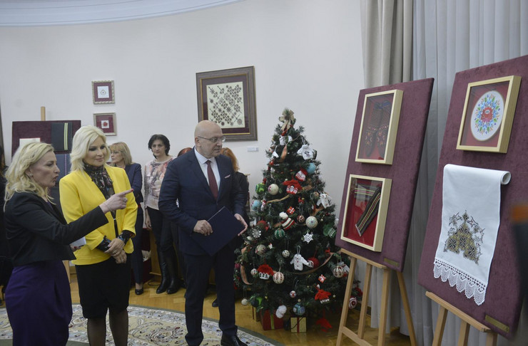 Zorana Mihajlović, Unesko, Ćilimi