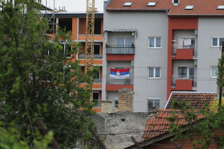 posle hrvatske suboticanin razvio srpsku zastavu 230620 RAS foto Biljana Vuckovic 001