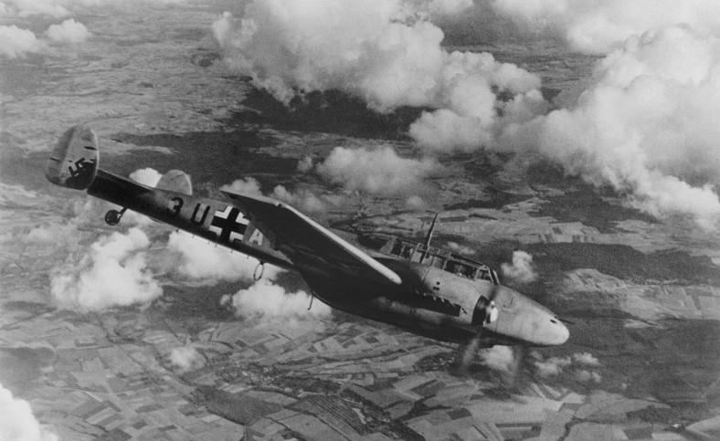 II wojna światowa. Niemiecki samolot nad Polską