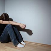 Tinejdžerki (16) je ISPALA BEBA za koju nije ni znala da ima: Tek onda je otkriveno šta je radio njen ROĐENI BRAT (14)