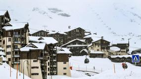 Tysiące turystów utknęły w alpejskich kurortach