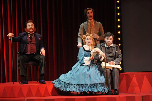 Glumci Zvezdara teatra prvi izašli pred užičku publiku