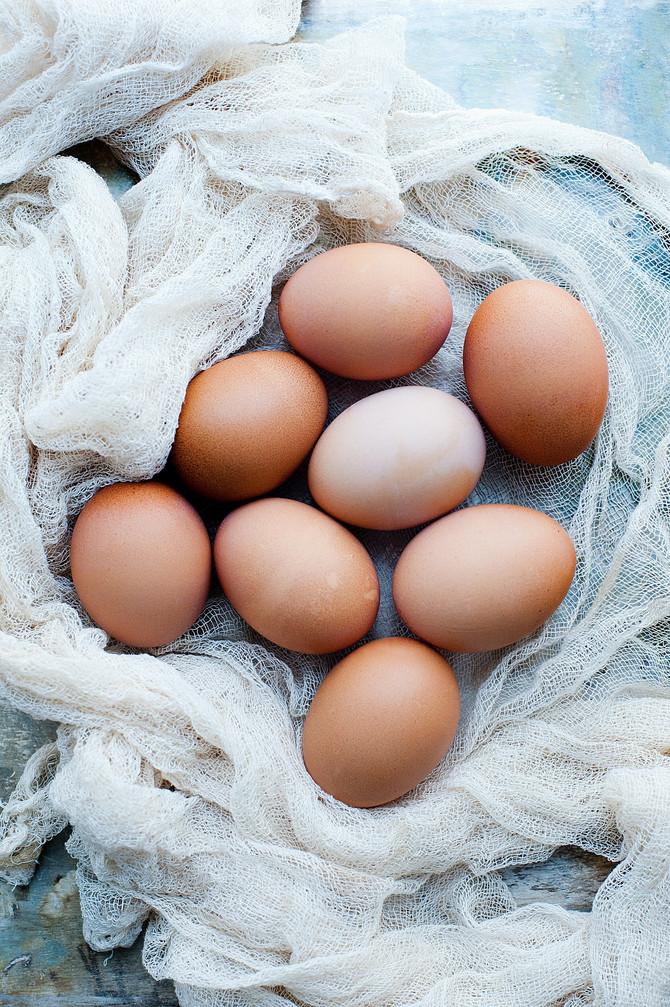 Evo kako proveriti da li su jaja sveža