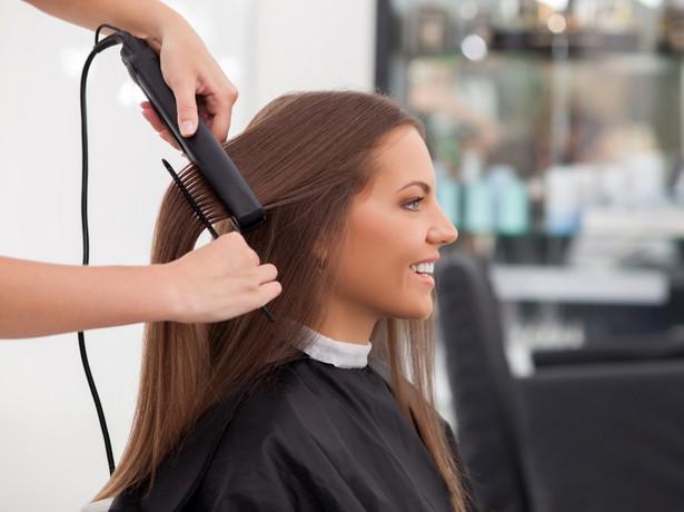 Drugi dzień, gdy wszystkie gabinety kosmetyczne i fryzjerskie muszą być zamknięte