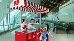 Linie Emirates latem będą rozdawać darmowe lody na lotnisku w Dubaju