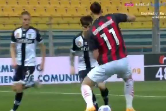 Zlatan Ibrahimović u košmaru! Dobio prvi crveni karton nakon devet godina, a prethodno je PONIŽEN sjajnim driblingom! /VIDEO/
