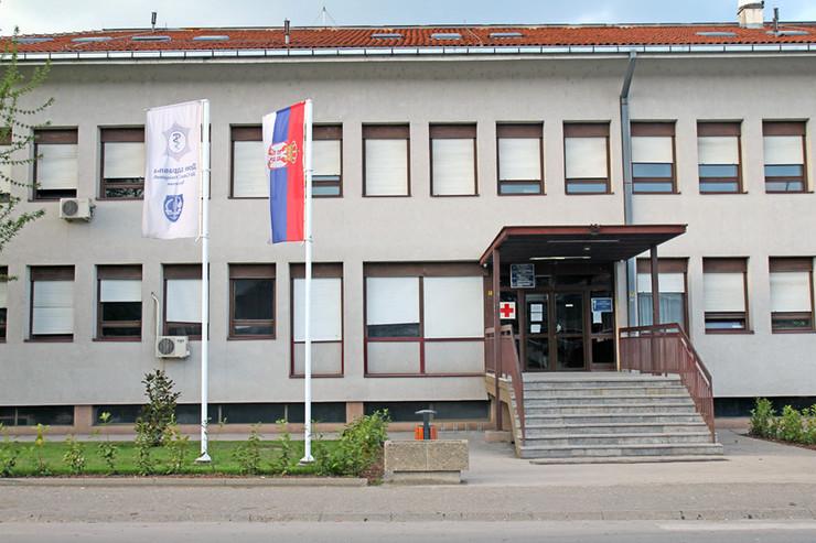 TRSTENIK-Dom zdravlja Sava Stanojevic u Trsteniku foto Dom zdravlja