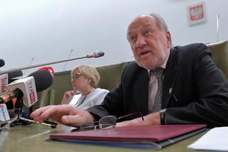 Mucha: Iwulski może kierować SN 'bez jakiejś aktywności prezydenta'
