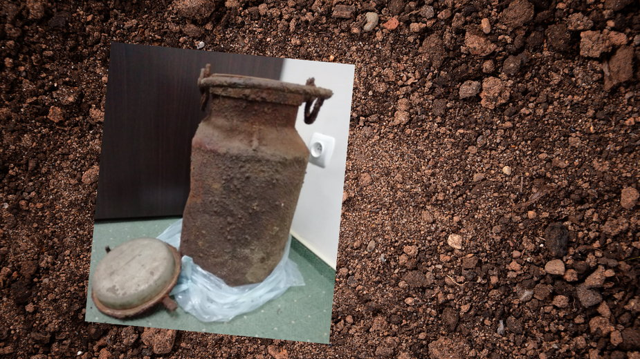 Leśnicy odkopali kanę po mleku z rzeczami należącymi do żołnierza Wermachtu
