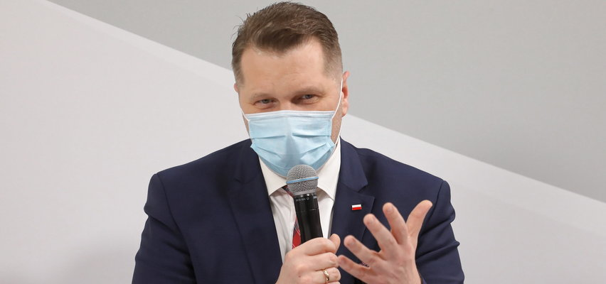 """Przemysław Czarnek o powrocie uczniów do szkół w trakcie pandemii koronawirusa. """"Proszę ich nie stresować"""""""