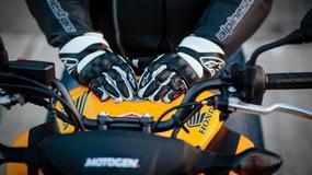 Francuzi wprowadzają obowiązek jazdy w rękawicach motocyklowych
