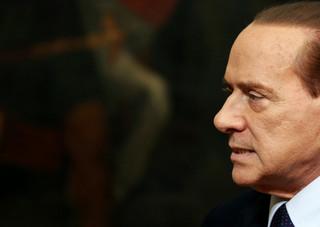 Zakażony koronawirusem Berlusconi trafił do szpitala na dalsze badania