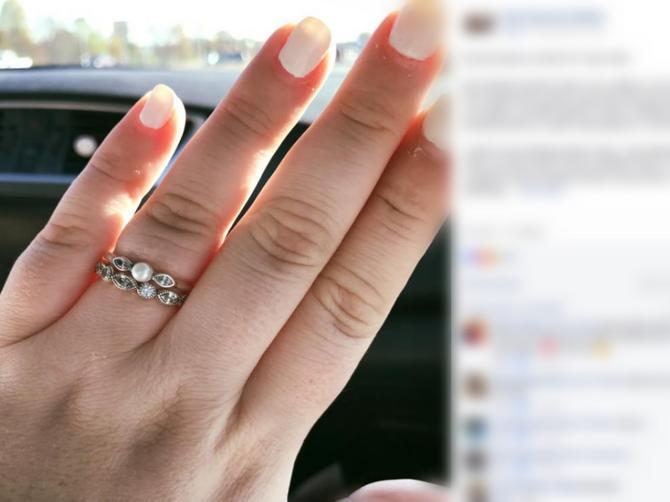 Zaprosio me je ovim, najjeftinijim prstenom koji je našao. I ne mogu da budem SREĆNIJA zbog toga!