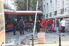 """JEZIVA SVEDOČENJA OČEVIDACA """"Tramvaj je bukvalno priklještio muškarca, vozač je na sav glas vikao: Nisam kriv, nisam kriv!"""""""