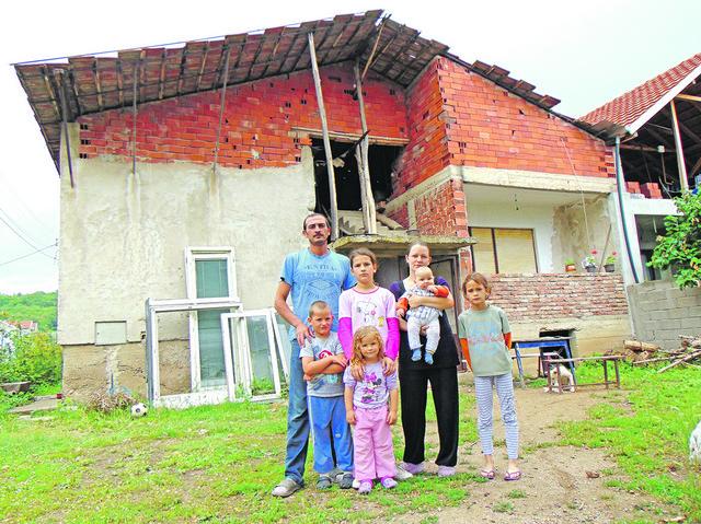 Kuću započeo Ivanov otac, ali sin ne može da je završi
