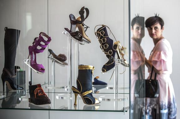 Izložba cipela Manola Blanika u Pragu avgusta 2017.