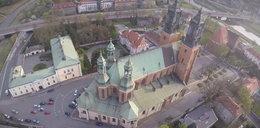 Niezwykłe zdjęcia. Zobacz poznańską katedrę z lotu ptaka!
