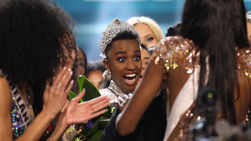 Miss Universe 2019: egy rövid hajú, afrikai nő lett a világ legszebbje – Ő az