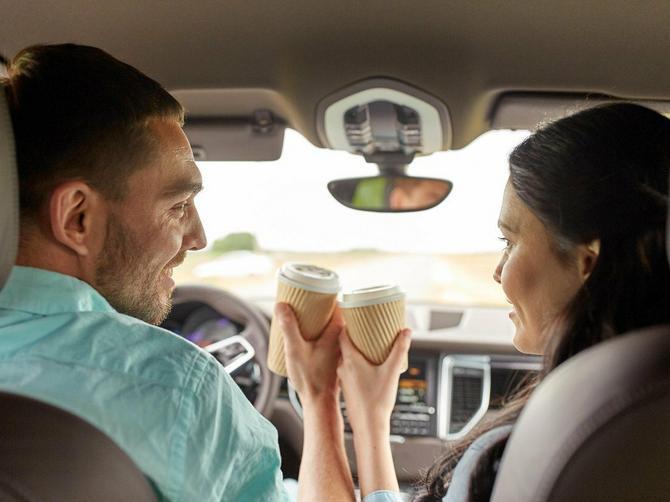 Evo zašto ne treba da pijete kafu tokom putovanja