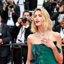 Anja Rubik odsłania nogi na festiwalu w Cannes. Wygląda bosko!