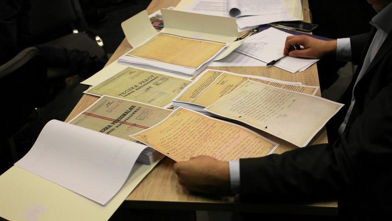 """Termin ujawnienia materiałów z byłego """"zbioru zastrzeżonego"""" 16 czerwca"""