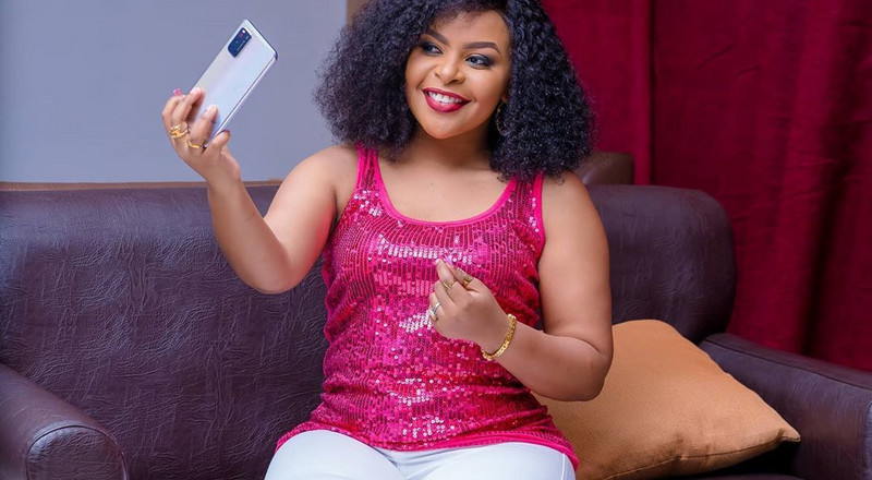 Size 8 hits 2 million Instagram followers mark as she celebrates her 33rd birthday
