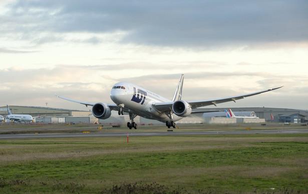Jak poinformował nas LOT, samolot, w którym stwierdzono brak filtrów paliwa, został dostarczony przewoźnikowi bezpośrednio od Boeinga i od tego momentu był użytkowany zgodnie ze wskazaniami producenta.