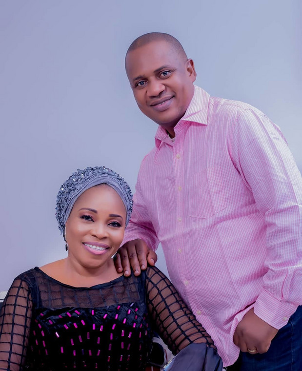 Tope Alabi is married to Olusoji Albi and they are blessed with kids. [Instagram/TopeAlabi]