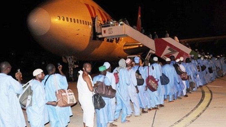 Nigerian pilgrims about to board a plane