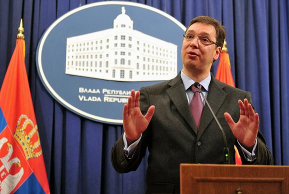 Vučić: Održavanje izbora po kosovskim zakonima je