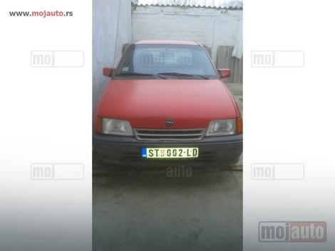 Opel kadet za 300 evra