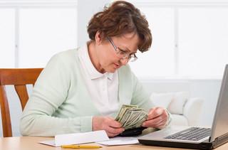W jaki sposób przejść z emerytury wcześniejszej na powszechną