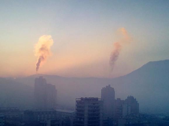 Uobičajen zimski prizor u Užicu: Katastrofalno zagađenje vazduha