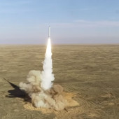 """PUTINOV """"TRODNEVNI GROM"""" Treba li da se zabrinemo: Dok je NATO sprovodio tajnu vojnu vežbu, Rusija testirala balističke rakete (VIDEO)"""