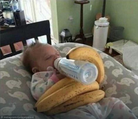 Banane kao držač za flašicu