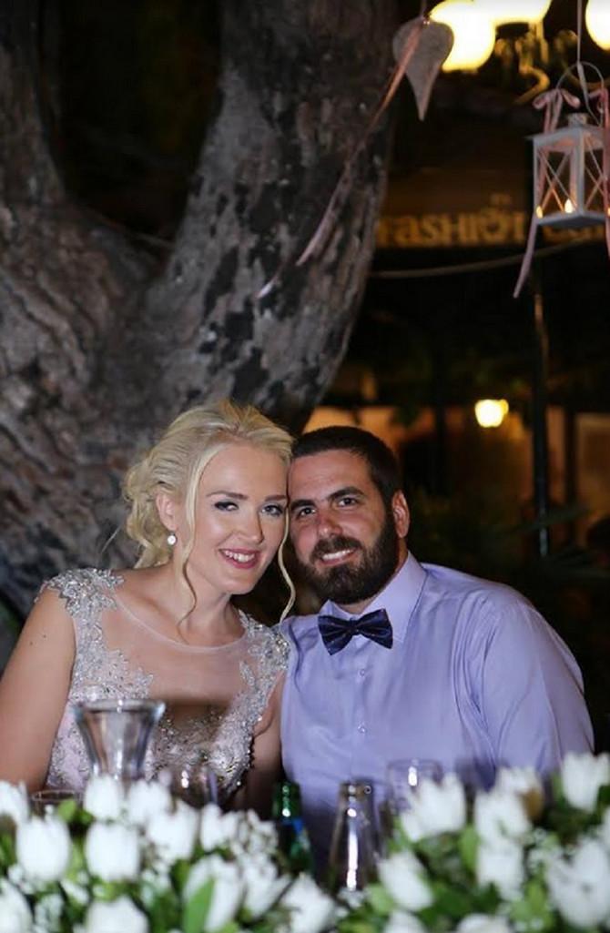 Tijana na venčanju